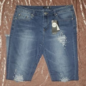 🎉NWT🎉 Ankle Jean with Pearl Detailing